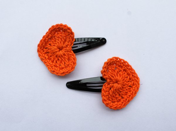 Handmade Crochet Heart Tic Tac Hair Pins for Girls - Orange | Woonie