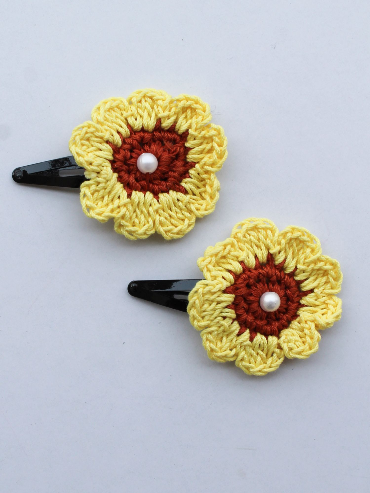 Handmade Crochet Pearl Sunflower Tic Tac Hair Pins for Girls - Yellow