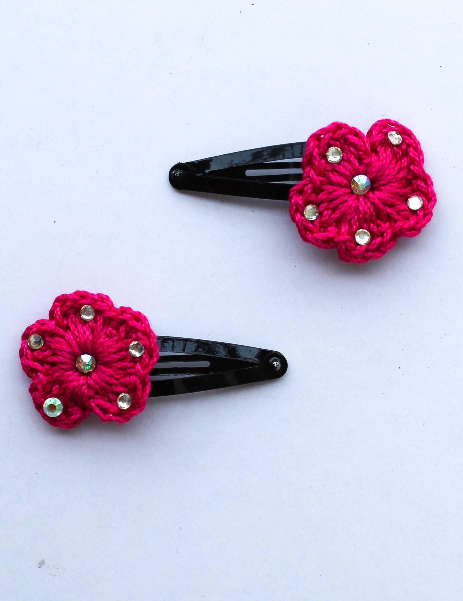 Handmade Crochet Stone Tic Tac Hair Pins for girls - Magenta | Woonie