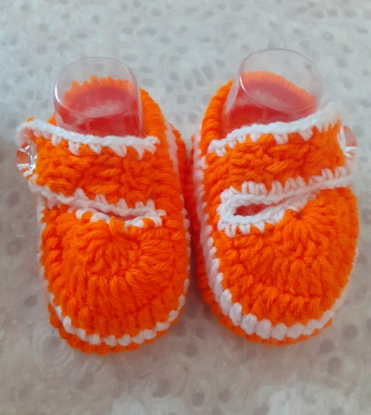 Woonie Handmade Orange Booties