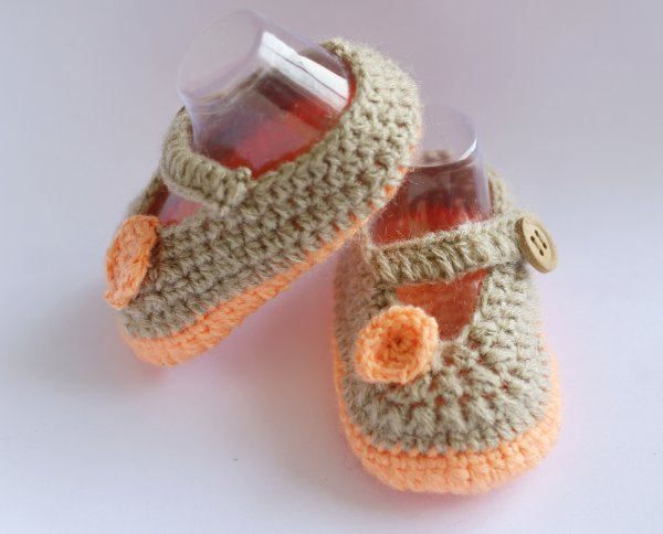 Woonie Beige and Orange Handmade Woolen Booties