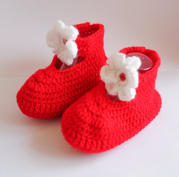 Woonie Red Flower Applique Handmade Woolen Booties for Kids
