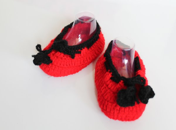 Woonie Handmade Red Booties