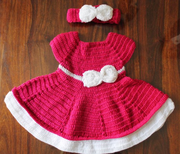 Woonie Handmade Woolen Pink Bow Frock with Headband Set