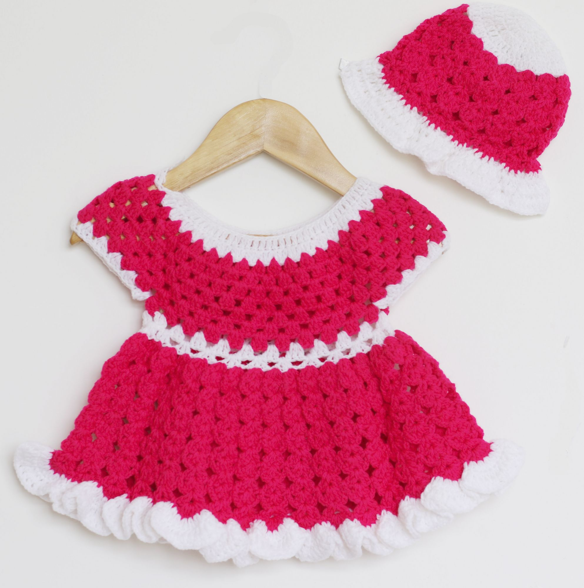 Woonie Handmade Woolen Pink Frock Set for Girls
