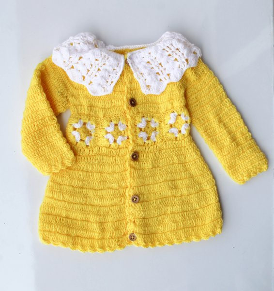 Woonie Handmade WoolenYellow Midi with Collar Detail