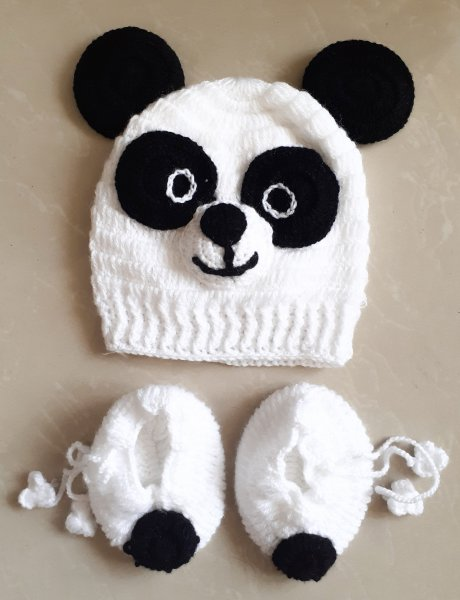 Cute Panda Cap with Booties