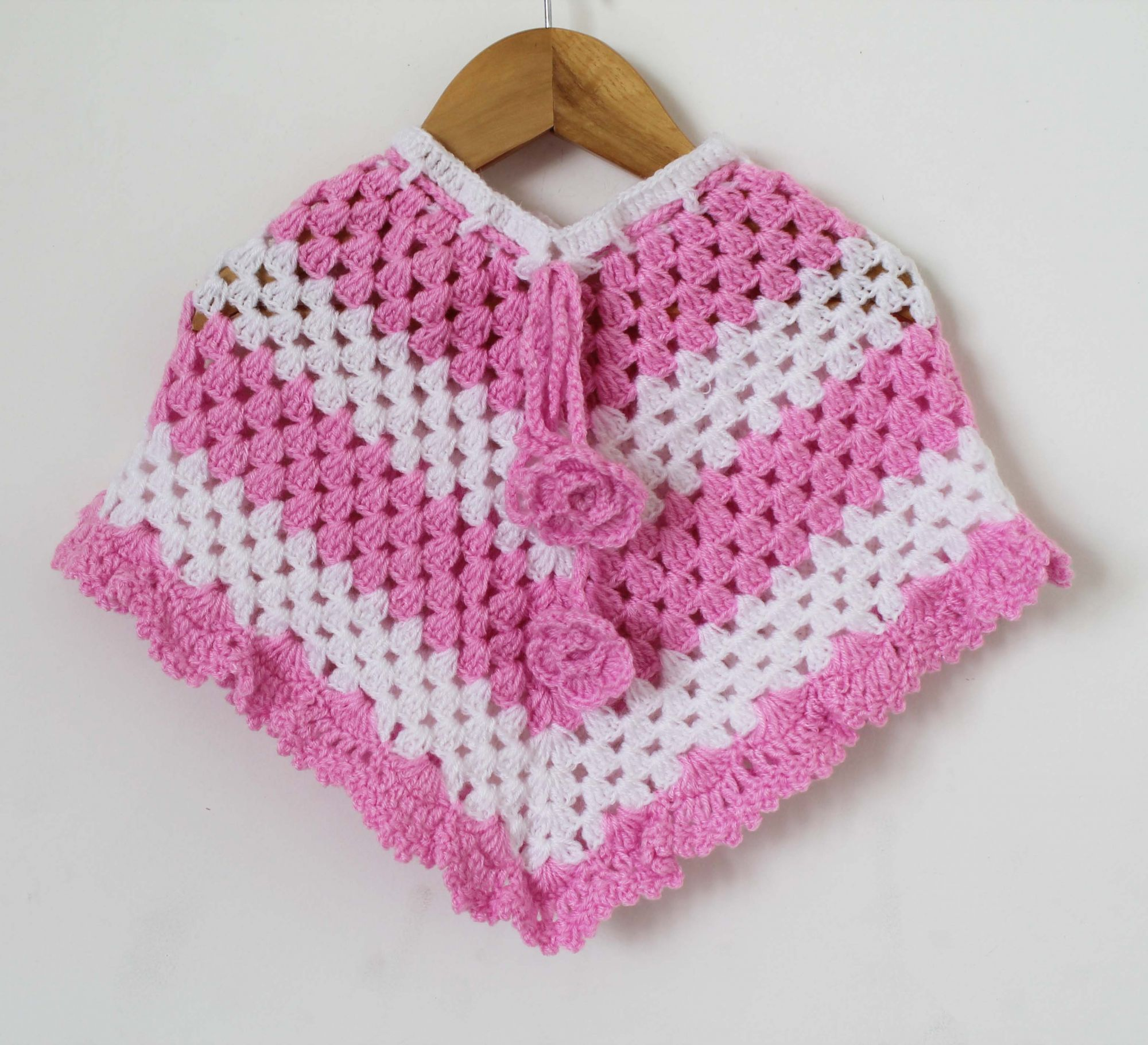 Woonie Handmade Pink and White Poncho for Infants