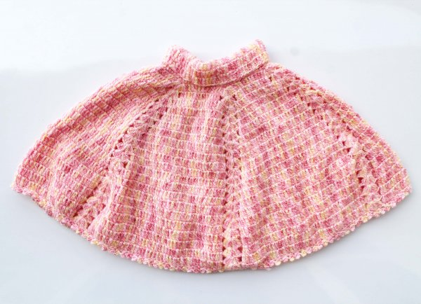 Woonie Handmade Pink Poncho for Kids