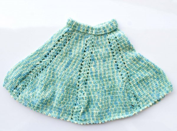 Woonie Handmade Green Poncho for Kids