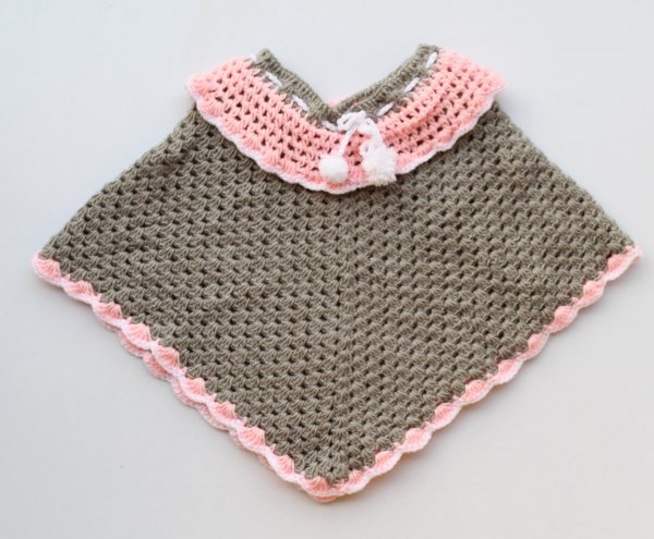 Woonie Handmade Grey and Pink Poncho for Kids