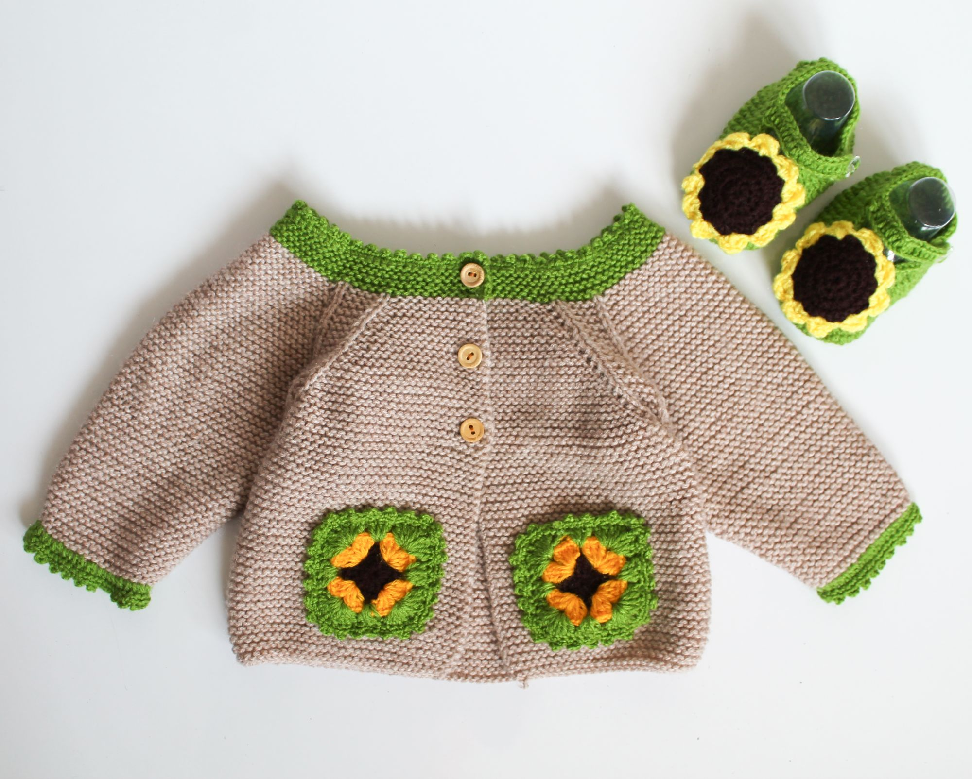 Woonie Handmade Beige Knitted  Sweater with Matching Booties for Kids