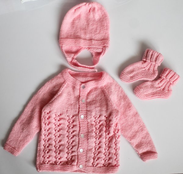 Woonie Handmade Pink Knitted Sweater with Cap and Booties for Kids