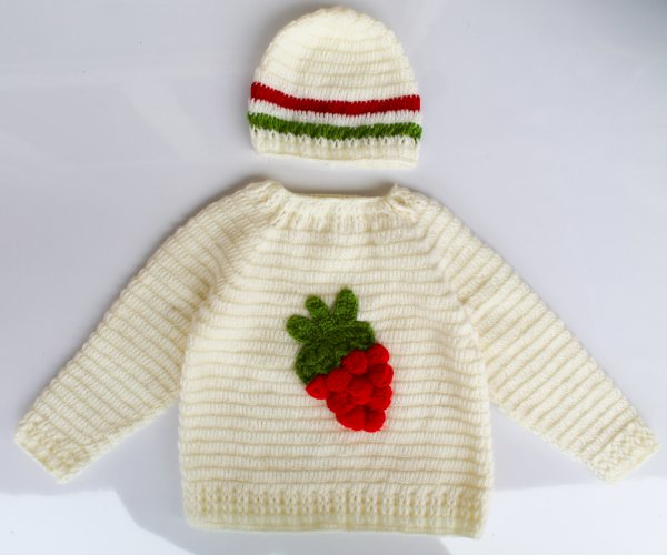 Woonie Handmade Strawberry Sweater for Kids