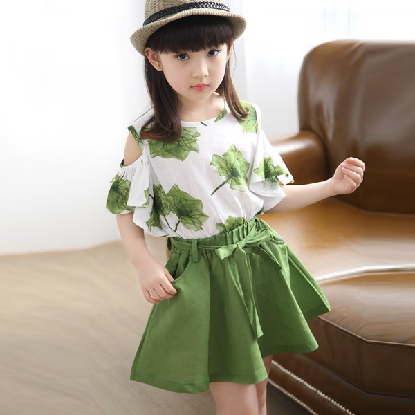 Leaf Print Top with Mini Skirt (Green)