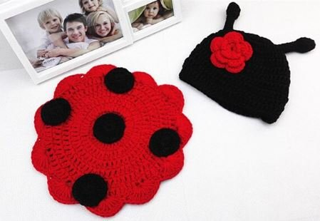 Woonie (Set of 2) Baby Designer Crochet Beautiful Costume/Red and Black Photography Props